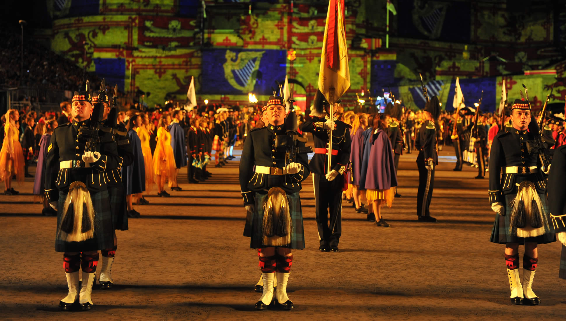 Royal edinburgh military tattoo 25 28 agosto fini viaggi for Royal military tattoo